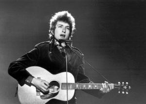Bob Dylan và những cây đàn guitar huyền thoại