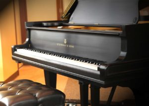 Các thương hiệu đàn piano cơ uy tín được yêu thích
