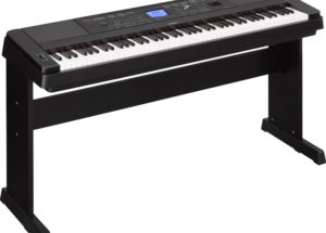 Đàn piano điện giá bao nhiêu tiền?