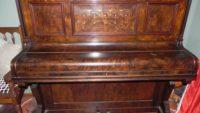 Những nguy cơ khi mua đàn piano cơ cũ