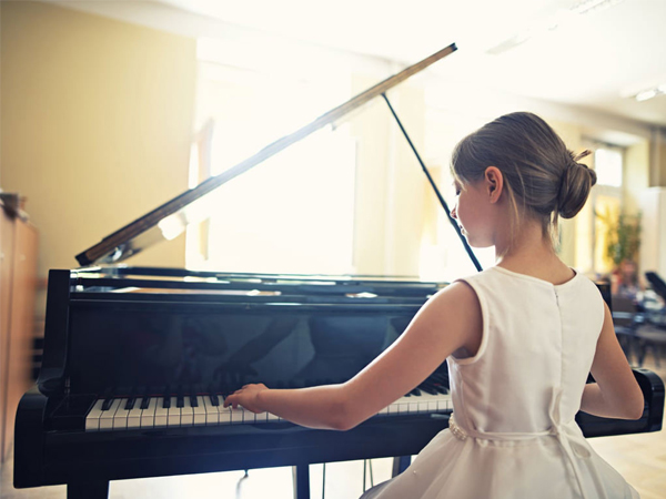 dan-piano-dien-yamaha