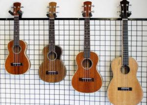 Đàn Guitar Valote – 3 cách phân biệt sự khác nhau giữa guitar cổ điển và đệm hát