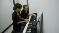 Học đàn piano cho người lớn cần ghi nhớ những điều này