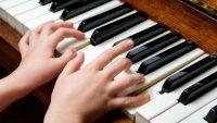 Nuôi dưỡng tình yêu âm nhạc cho con
